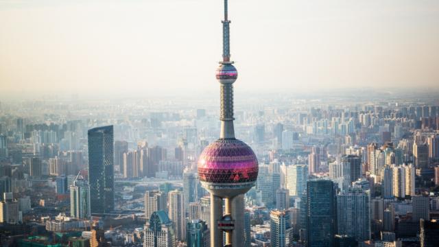 中国の経済は今後どうなる?終焉と謳われた過去を払拭し中国製造2025でハイテク産業重視にシフトしてGDPで世界の覇権を握る!
