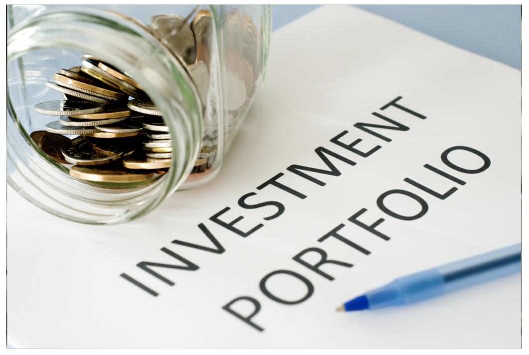 2021年からおすすめの投資ポートフォリオを証券アナリストが提案!米国株式と新興国株式を組み入れて安定した高いリターンを狙っていこう。