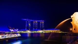 シンガポール株式市場はどう?ST指数は不健全な状況で国の経済成長鈍化を織り込む。2021年以降の買い方はNikko AM Singapore STI (NISE) ETFよりもCovid19後の経済再開銘柄がおすすめの選択肢?